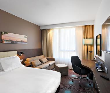 Hotel Hampton By Hilton Toulouse Airport