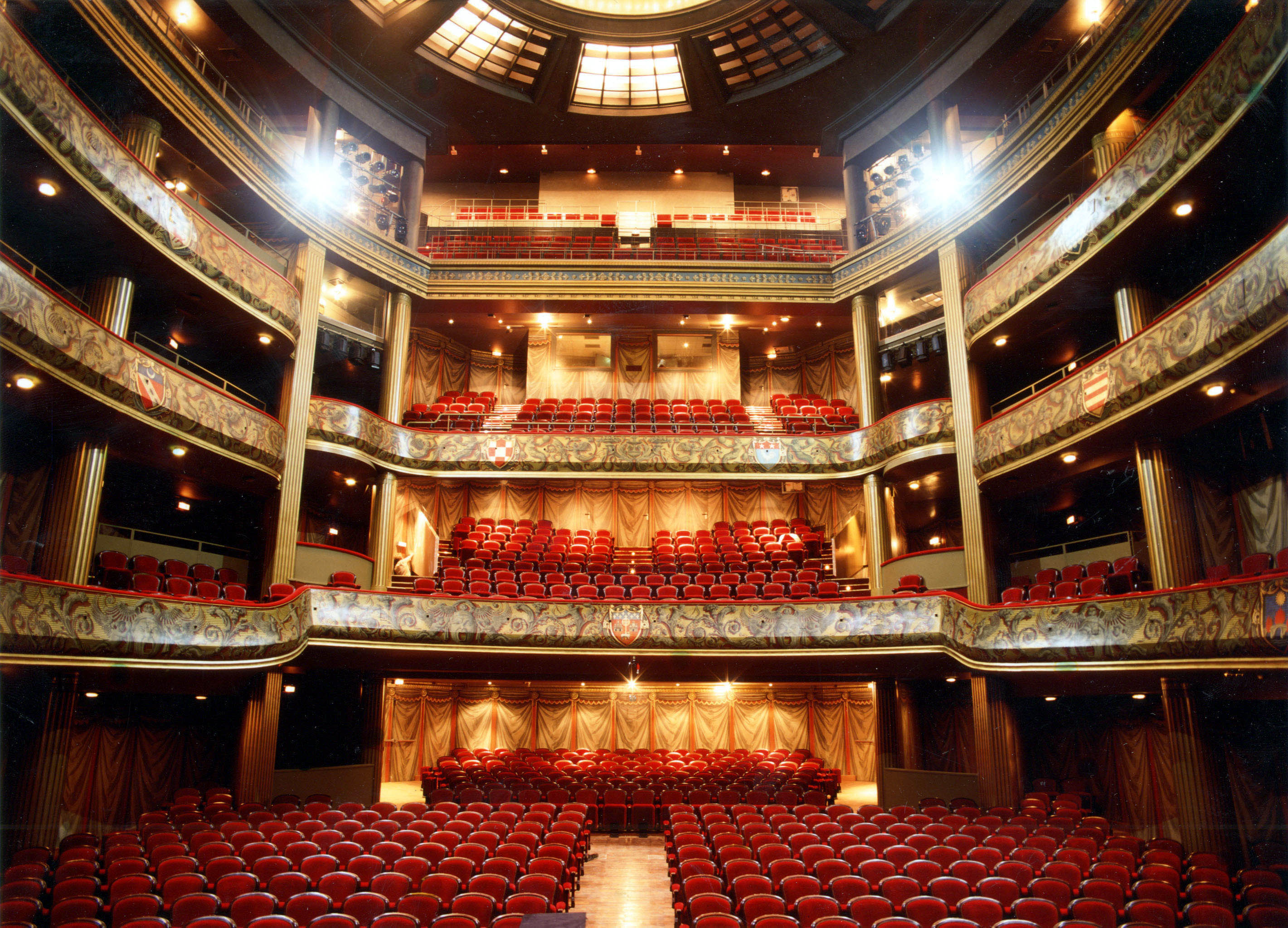 salle theatre toulouse