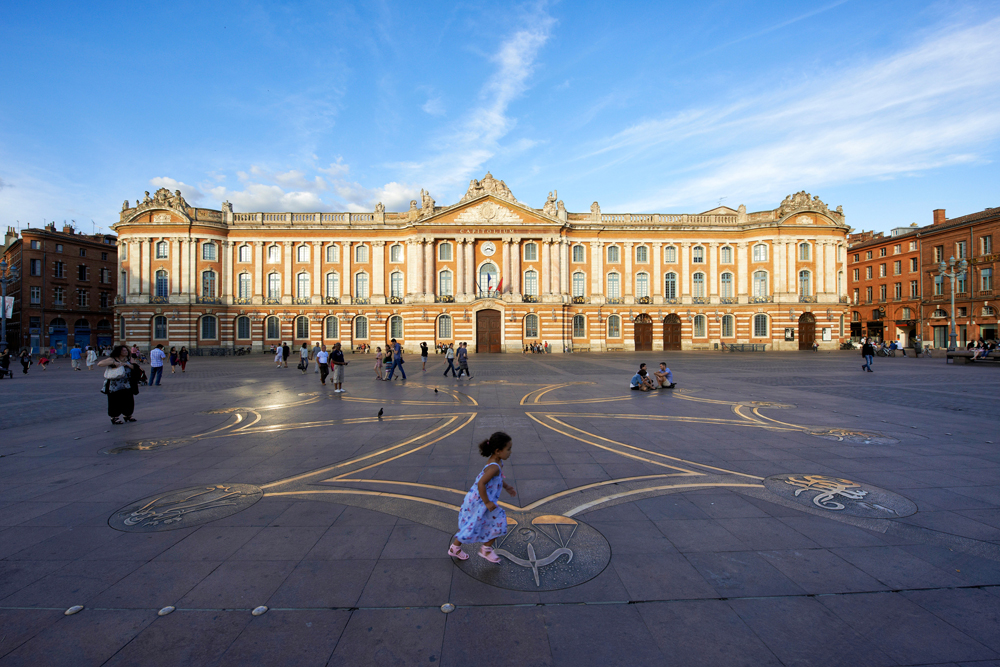 Le Capitole Toulouse Historical Sites And Monuments
