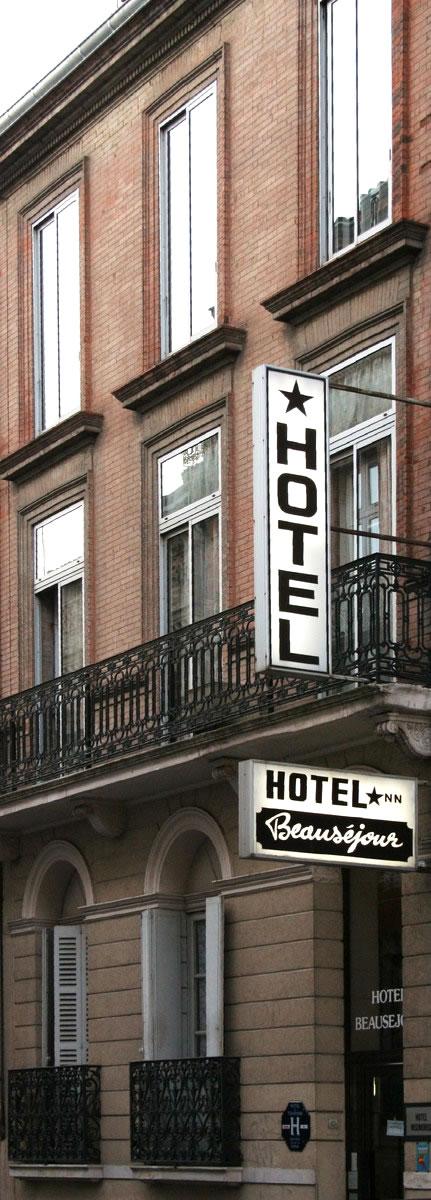 Facade Hotel Beausejour