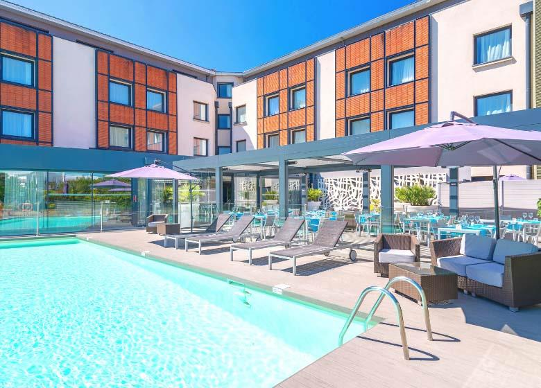 Hotel_Holiday_Inn_Toulouse_Airport_piscine