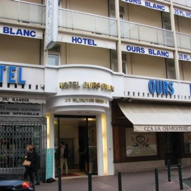 HOTEL OURS BLANC VICTOR HUGO