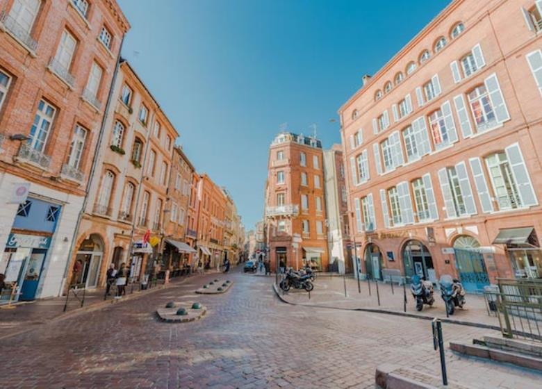 Visite_guidee_Toulouse_place_Saint_Etienne
