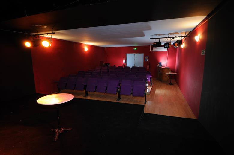 photo vue de la scene The¦ua¦etre de la Violette 28