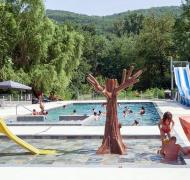 piscine pataugeoire campind du moulin MARTRES